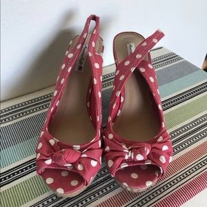 American Eagle open toe wedge sandals size 8
